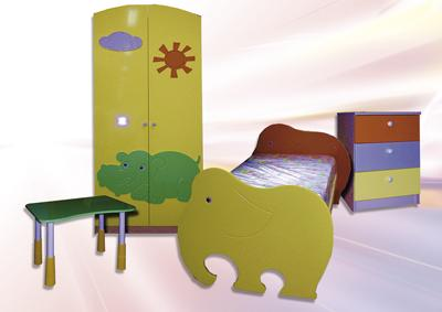 """Набор детской мебели """"зоопарк"""" 2009."""